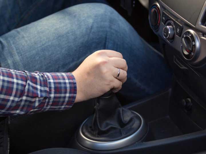 Cosas que jamas debes hacer auto transmision manual