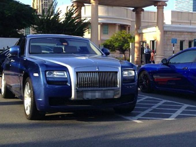 Los extravagantes autos de los universitarios de Dubai