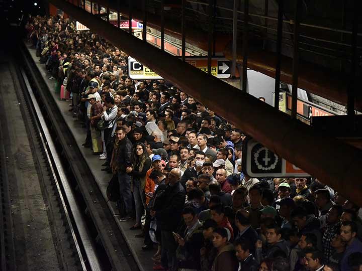 Línea 1 del metro contará con internet gratis