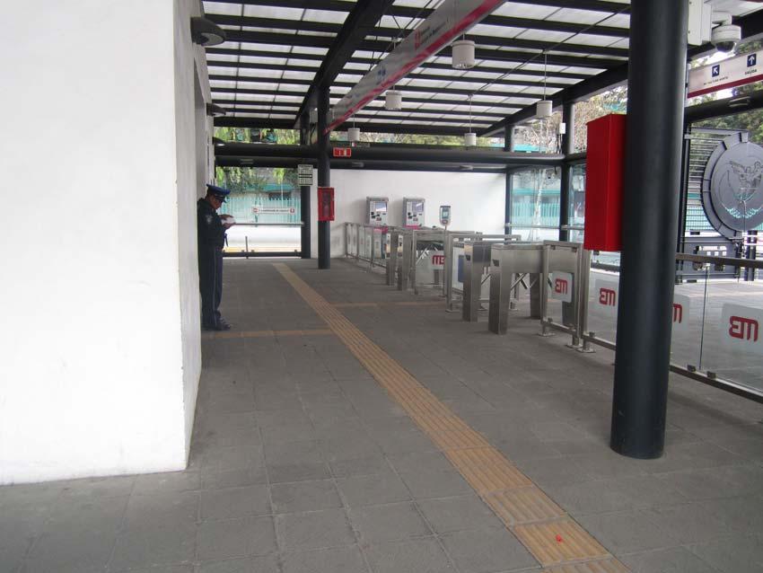Tras asalto a usuarios, L6 del Metrobús sin operativo policial Foto: Jonás López.