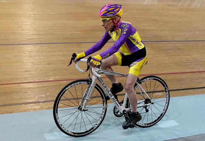 Celebridad del ciclismo se retira a los 106 años