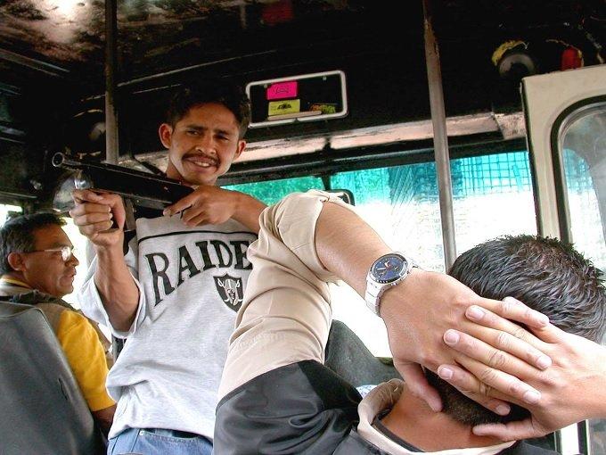 Resultado de imagen para asalto a transporte publico
