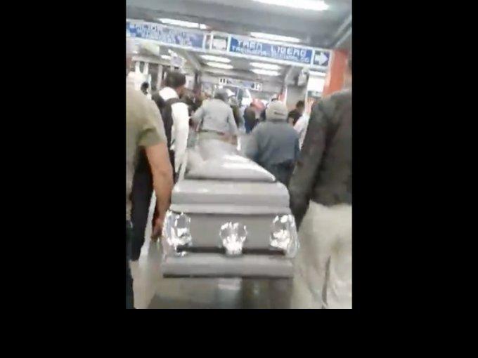 La verdad sobre el ataúd que ingresó al Metro de la CDMX
