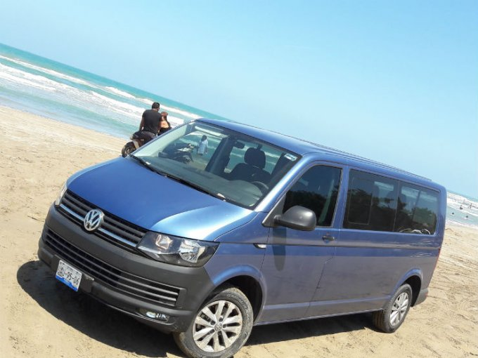 Si en éste período vacacional vas a la playa, debes intentar ciertos cuidados a tu auto durante y después del viaje