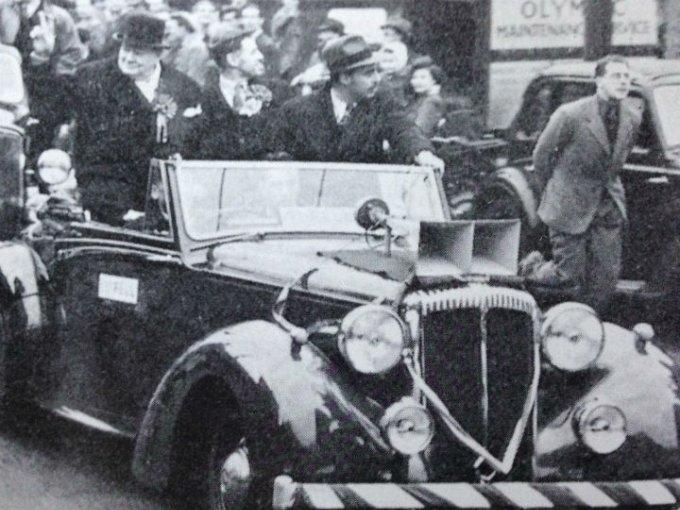 Fue el auto utilizado por Winston Churchill para sus campañas políticas entre 1944 y 1949 y es el único sobreviviente de su especie