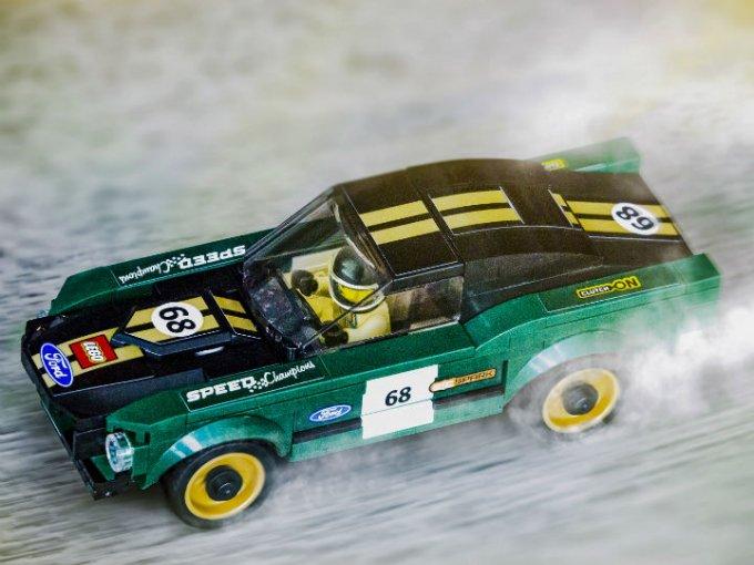 Ford Mustang 1968 se une a la compilación Ford de LEGO Speed Champions, junto al histórico Ford GT40 entre otros