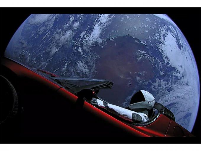 Space X ha colocado en órbita a 'Starman' y ahora se dirige al cinturón de asteroides. Foto: YouTube