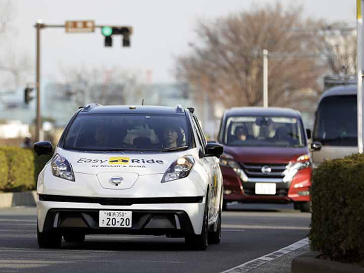 Taxi autonomo nissan easy ride japon