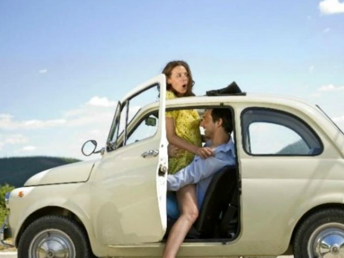 Anal amateur en el coche - Sexo Gratis en