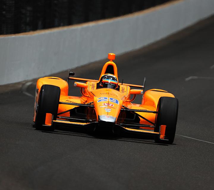 Alonso decidirá en septiembre si continúa o no en la F1