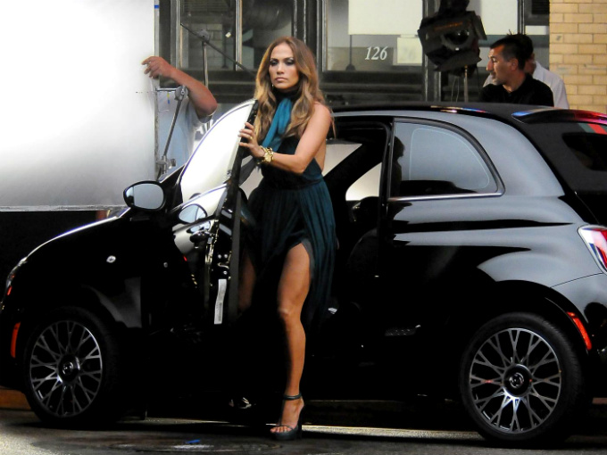 Red Buick Encore >> Autos Jennifer López car | Atracción360