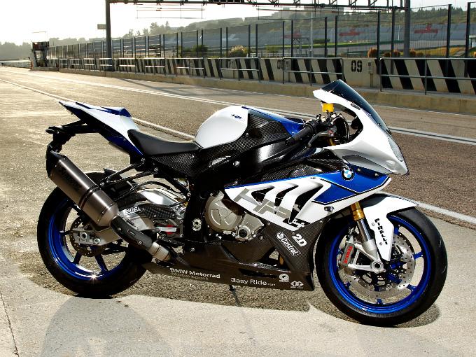 Tipos de motocicletas de acuerdo a su carroceria dise o for Disenos de motos