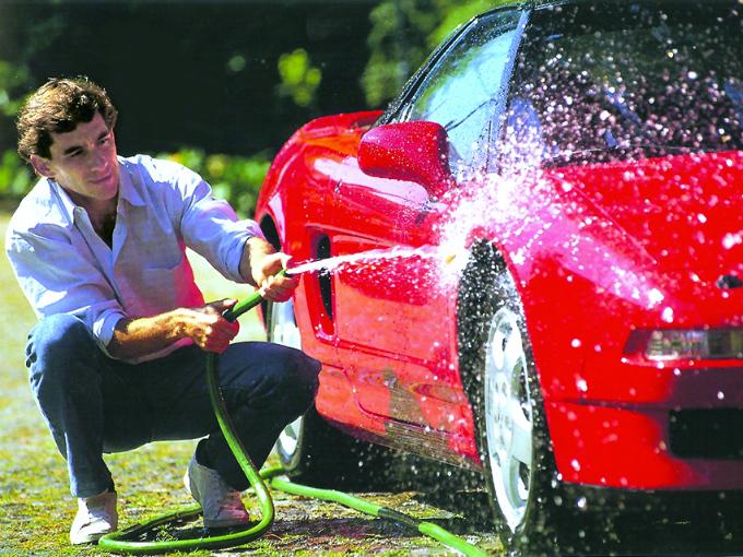 el primer auto de ayrton senna da silva: