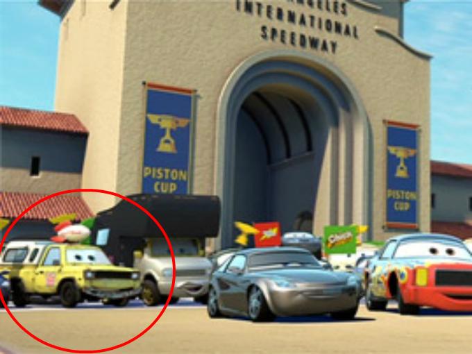 La camioneta de Pizza Planet aparece en 02 oportunidades en la película Cars. Antes de empezar la carrera de la Copa Pistón aparece en el público. Foto: Cars Facebook