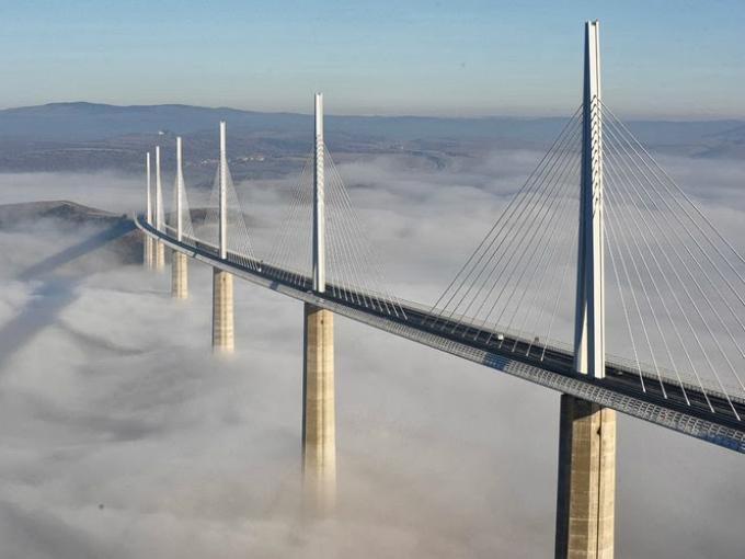 Puentes curiosos y peligrosos del mundo