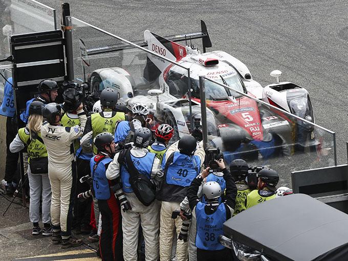 Un final digno de película. Toyota pierde en las últimas vueltas de Le Mans