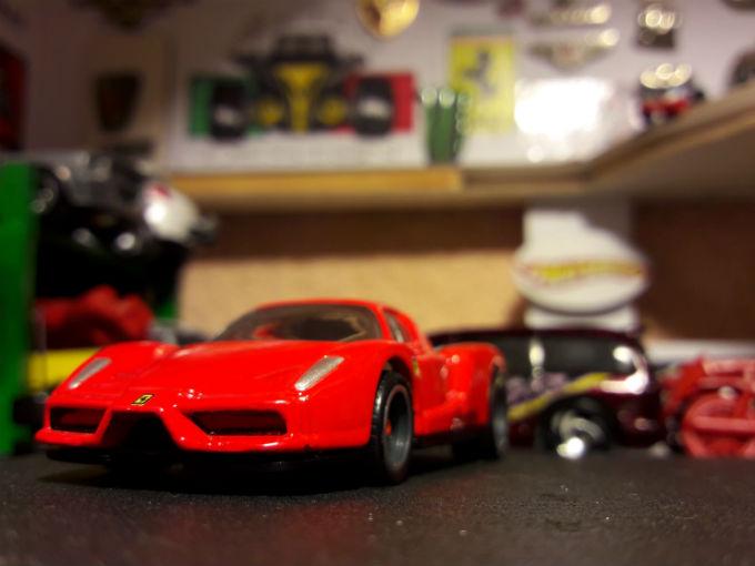 ¿Lo tienes? Entonces cónocelo: Ferrari Enzo Hot Wheels