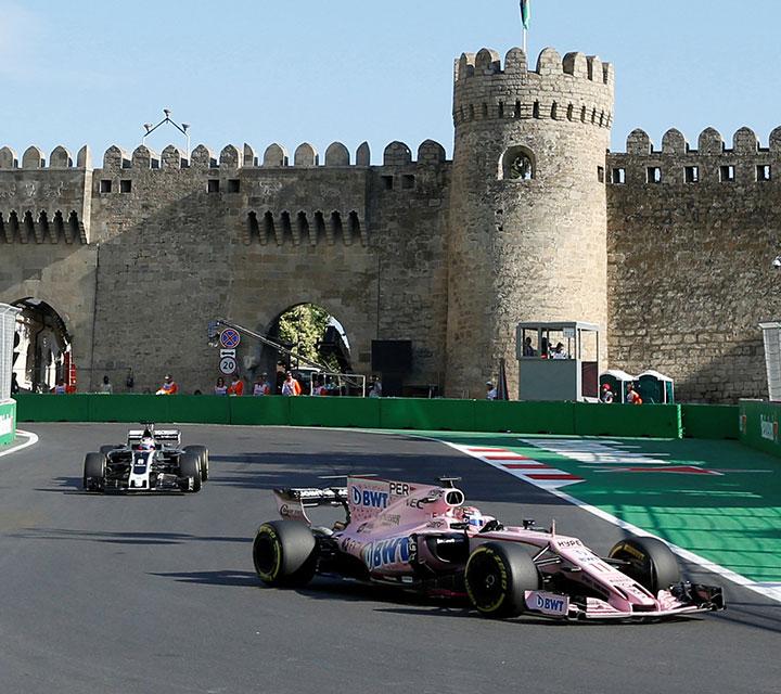 Este es el segundo año en el que Baku figura cual circuito en la Fórmula 1. Foto: Reuters