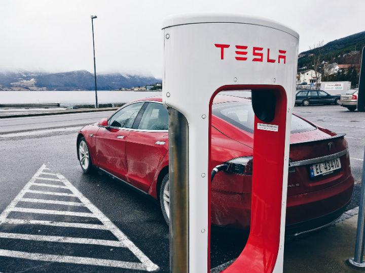 Tesla empezará a fabricar su Model 3 este viernes
