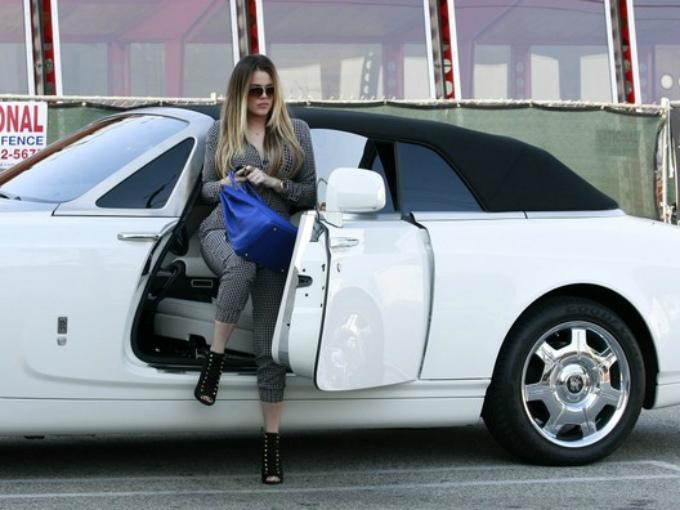 Red Range Rover >> Los autos de Khloe Kardashian   Atracción360