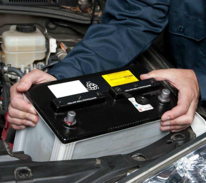 7dadf897b2e La batería es un elemento fundamental para que muchos sistemas del auto  funcionen. Foto: