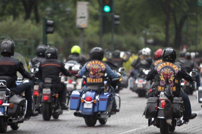 10af9a131 Por fallas suspenden trámite de placas para motos en la CDMX