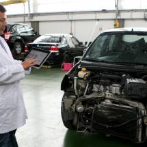 ¿Comprar un coche chocado? Esto necesitas saber