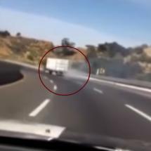 Evitan choque de tráiler sin frenos en carretera México-Puebla (VIDEO)