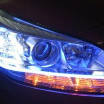 La mayoría de las personas cometen estos errores al utilizar las luces de su auto