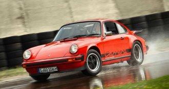 Porsche y Pirelli lanzan nuevas llantas para modelos clásicos