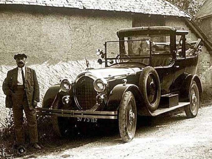 Cuál fue el primer automóvil en México?
