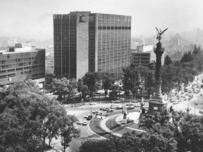 """""""El Ángel"""" se transformó en un símbolo y referente cultural de la Ciudad de México. Foto: Especial"""