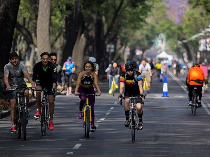 Este domingo 'Muévete en Bici' festeja diez años 'pedaleando'